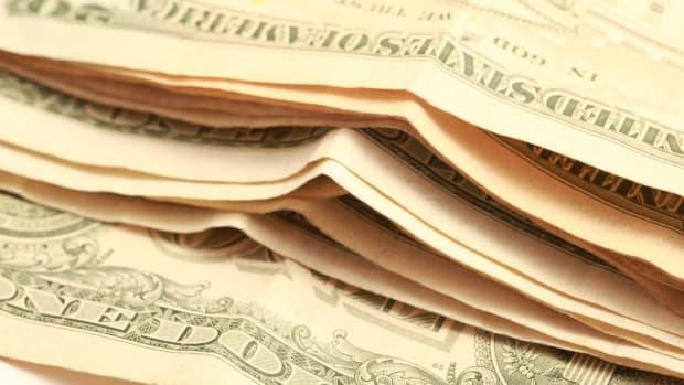 Investors Keep Huge Cash Balances Due To Election Fears Promo Image