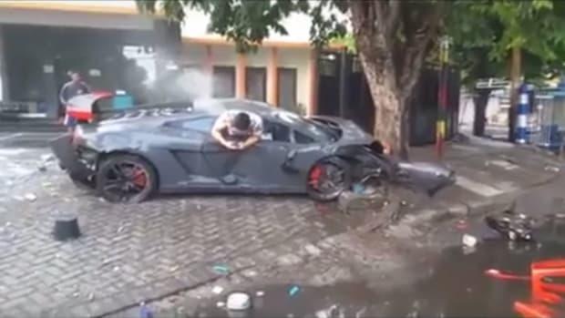 Man Texts After Car Crash.