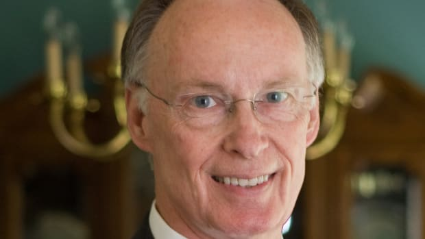 Baptist Church Expels Alabama Governor Over Sex Scandal Promo Image