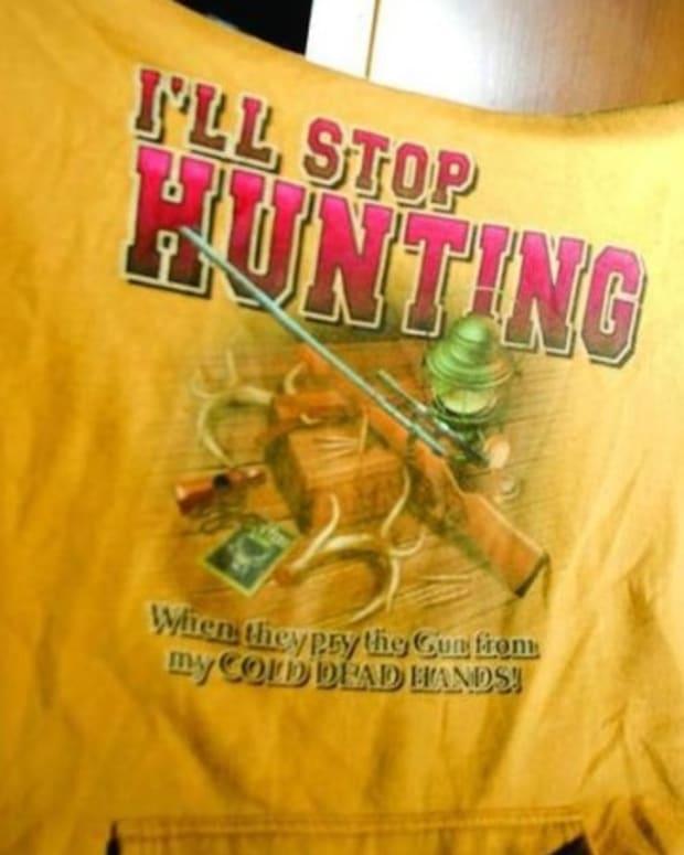 Pro-Hunting sweatshirt