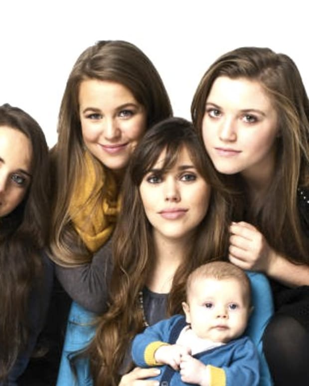 Are Duggar Sisters Planning Pregnancies To Keep TV Show? Promo Image