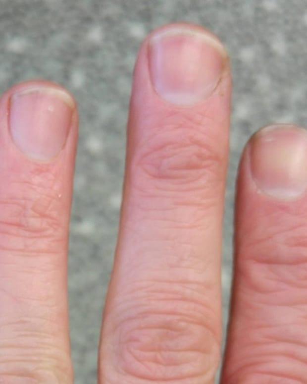 fingerwhite1.jpg