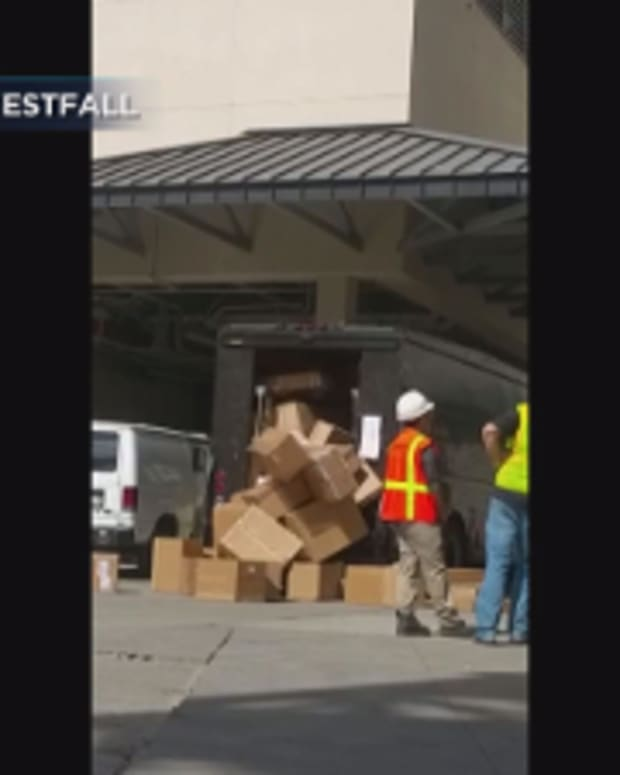 UPS Employee Damaging Packages.