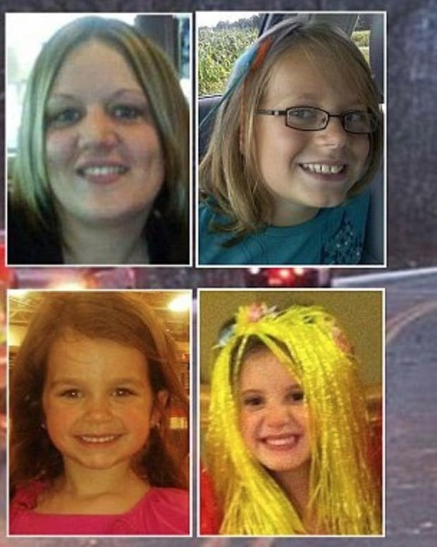 Officials Identify What Mom Was Doing Before Crash That Killed Daughter, Nieces Promo Image