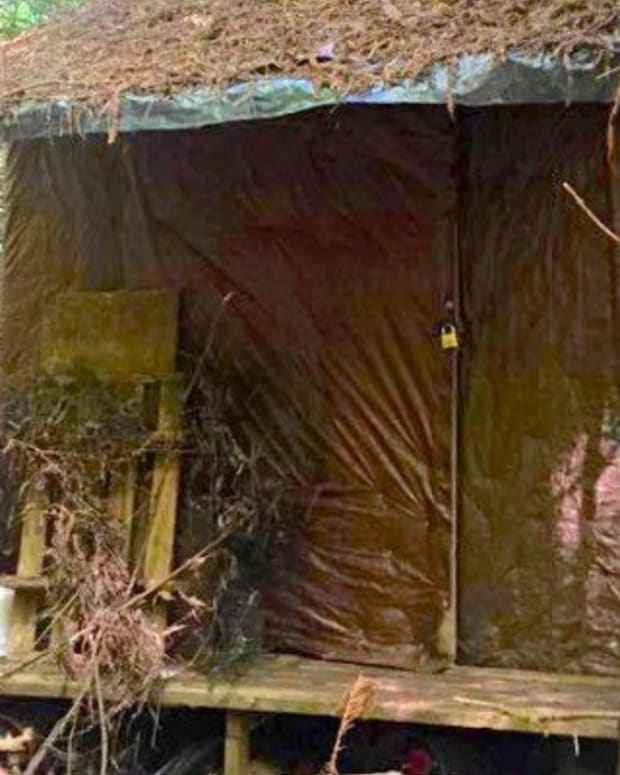 Forest Ranger Finds Mysterious Cabin In Woods (Photos) Promo Image