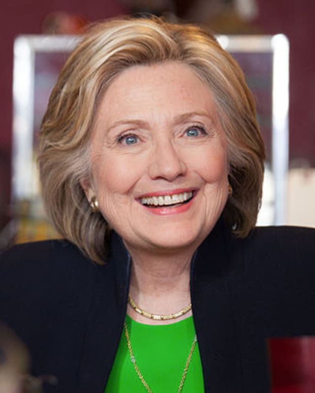 HillaryClintonPrivateServer.jpg
