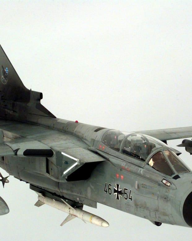 Tornado Jet.