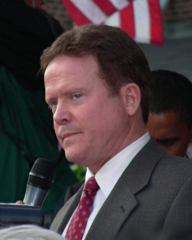 Former Dem Candidate Jim Webb: I Can't Vote For Clinton Promo Image