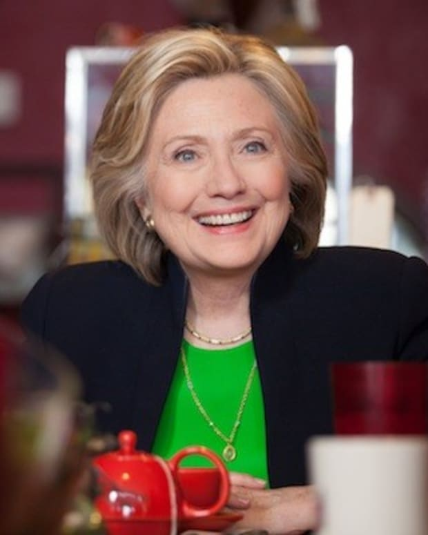 Hillary Clinton's Top Donor Is Univision Chairman Promo Image