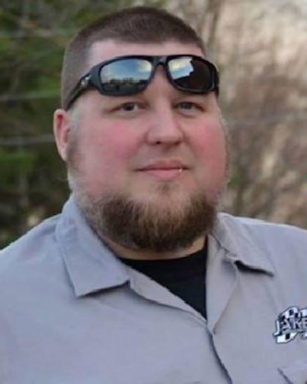 Man Killed During Suspected Craigslist Meeting Promo Image