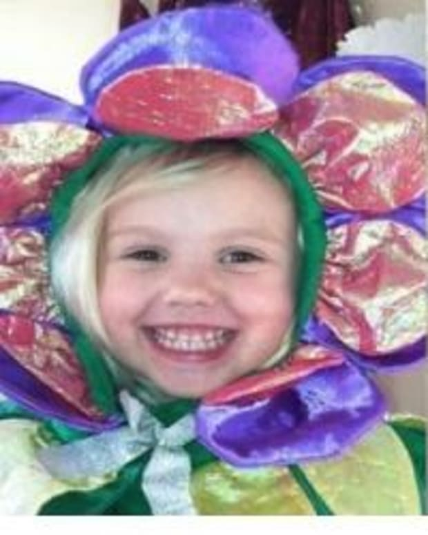 4-Year-Old Dies After Splitting Turkey Sandwich With Friend Promo Image