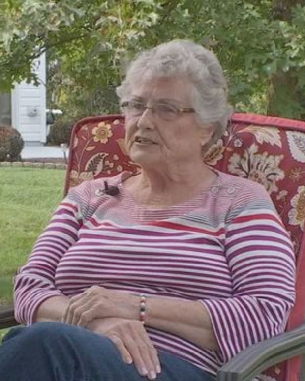 Pennsylvania Army Mom Fights HOA To Display Blue Star Flag