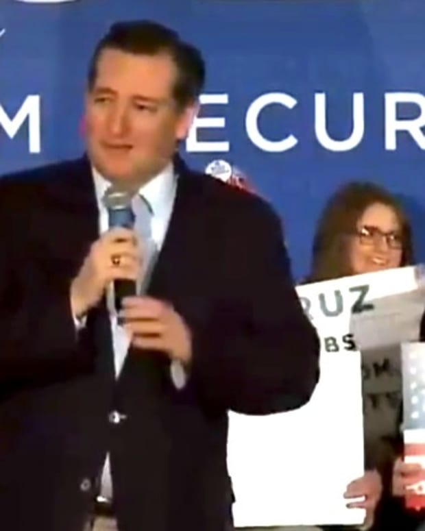 Cruz Pictures Clinton In Jail Cell, Crowd Cheers (Video) Promo Image