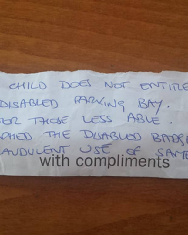 Note left on woman's car