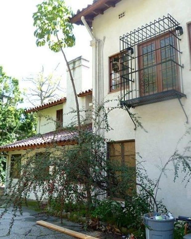 Infamous Los Feliz 'Murder House' Now For Sale (Photos) Promo Image