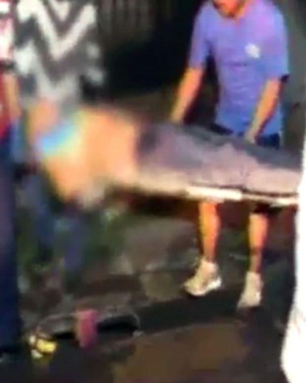 man stabbed for exposing pervert who filmed up women's skirts