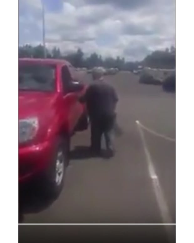Video Of Man Confronting 'Beggar' Goes Viral (Video) Promo Image