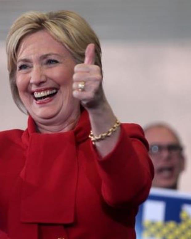 Poll: Voters Trust Clinton Over Trump On Terrorism Promo Image