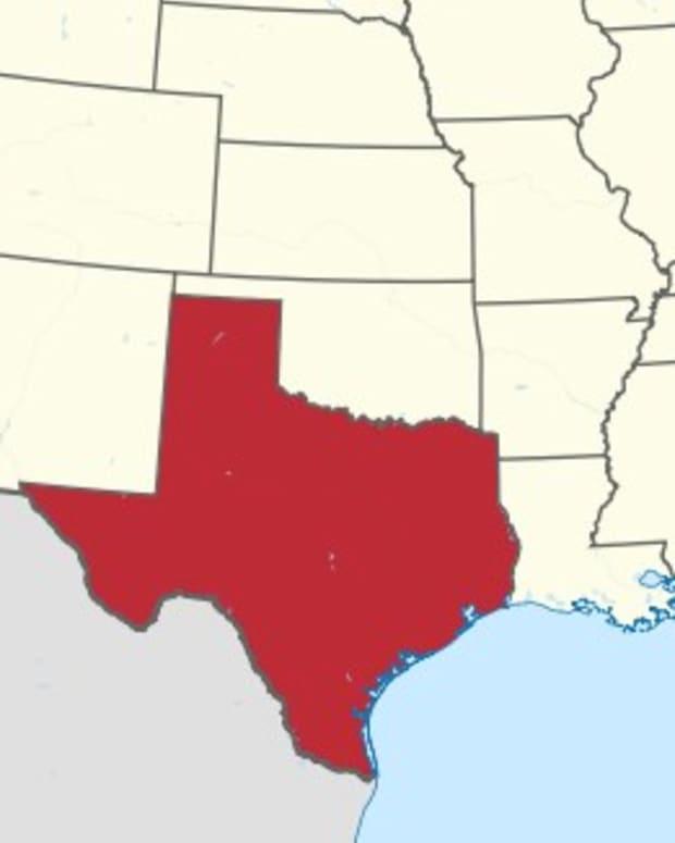 'Pastoral Medicine' Causes Controversy In Texas (Video) Promo Image