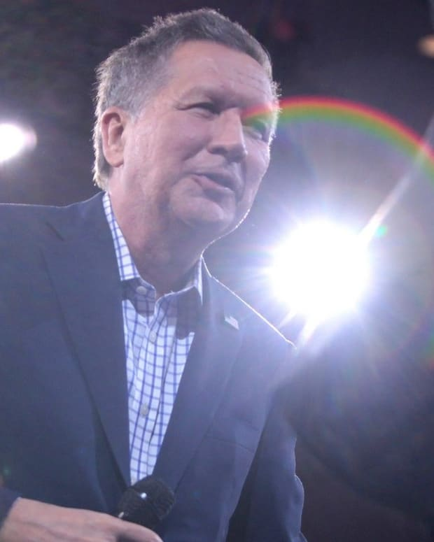 Democrats' Kasich Strategy Is Misguided Promo Image