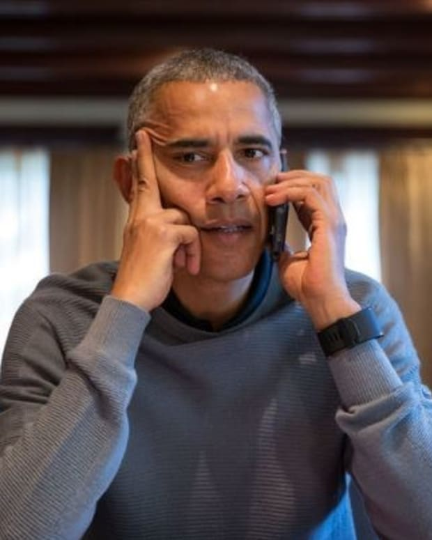 Obama To Spend Extra Time Getting Trump Up To Speed Promo Image