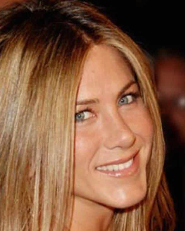 Jennifer Aniston Responds To Brangelina Divorce Promo Image