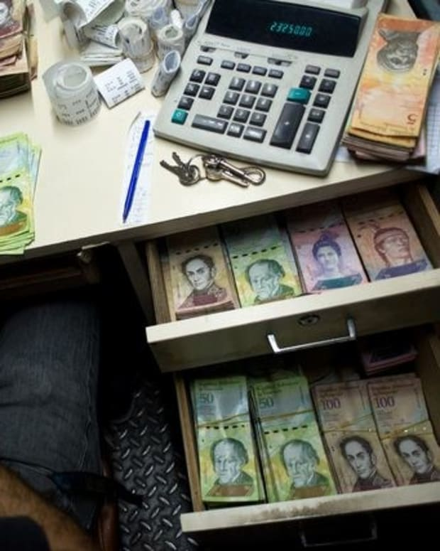 Venezuela Plagued With Inflation Crisis Promo Image