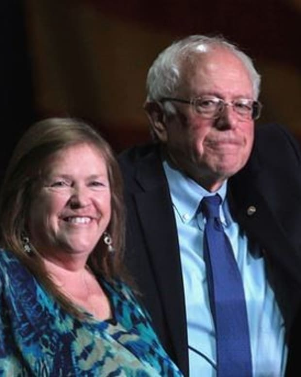 Jane Sanders: We Will Hold Clinton Accountable Promo Image
