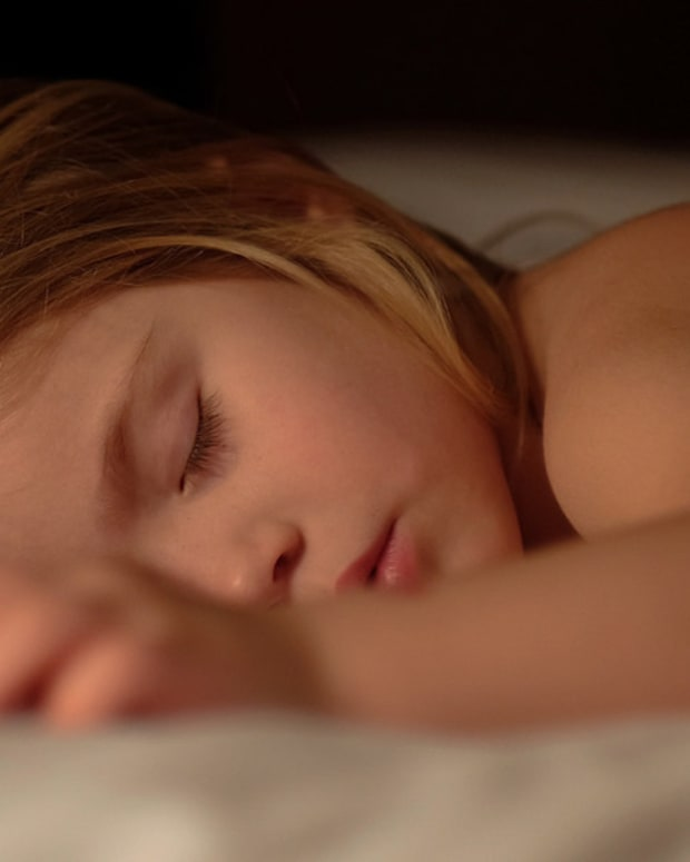 Study: Early Bedtime For Kids May Reduce Obesity Risk Promo Image
