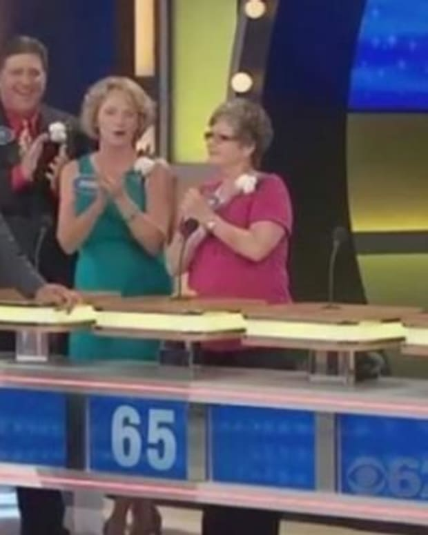 'Family Feud' Contestant Doesn't Hesitate To Name 'Something That Has To Be Licked' (Video) Promo Image