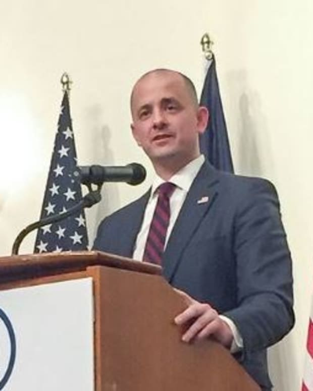 McMullin Describes Trump As 'Authoritarian' Promo Image
