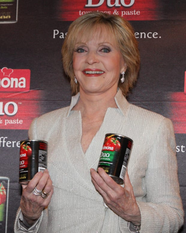 Cause Of Death Revealed For Florence Henderson Promo Image