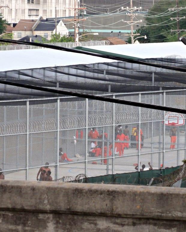 Atlanta Inmates Escape Prison, Return With Contraband Promo Image