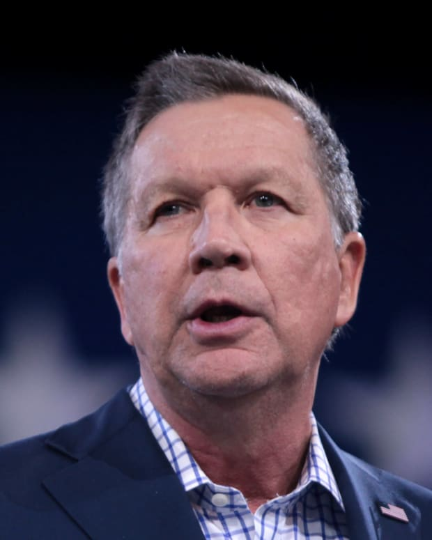 John Kasich Mocks 'Harry Potter' Star For Being Atheist Promo Image