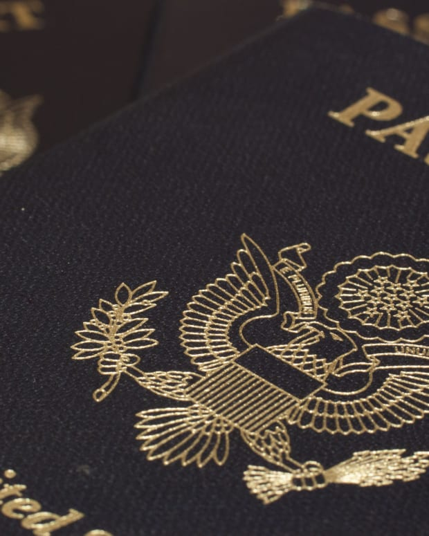 EU Parliament Urges No Visa-Free Travel For Americans Promo Image