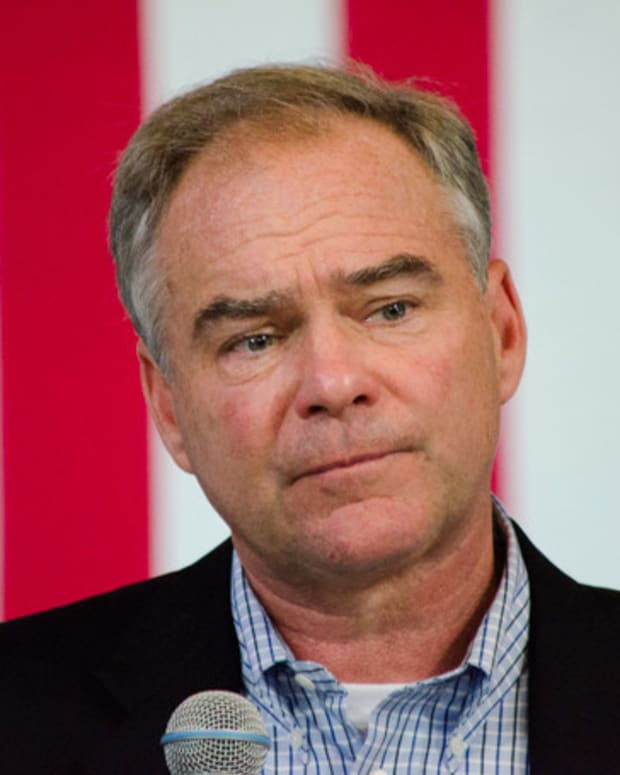 Tim Kaine Triggers TSA Search At Airport  Promo Image