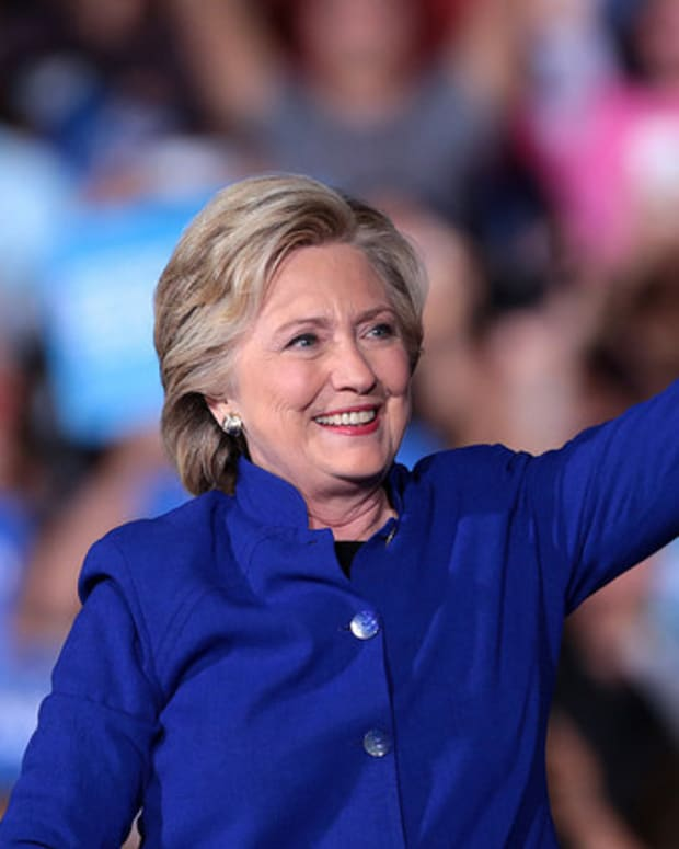 Clinton Dips Below 270 Electoral Votes In New Projection Promo Image