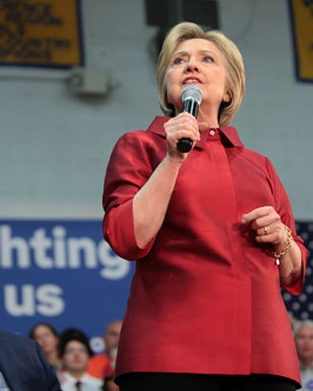 State Dept. Sought Deal To Declassify Clinton Emails Promo Image