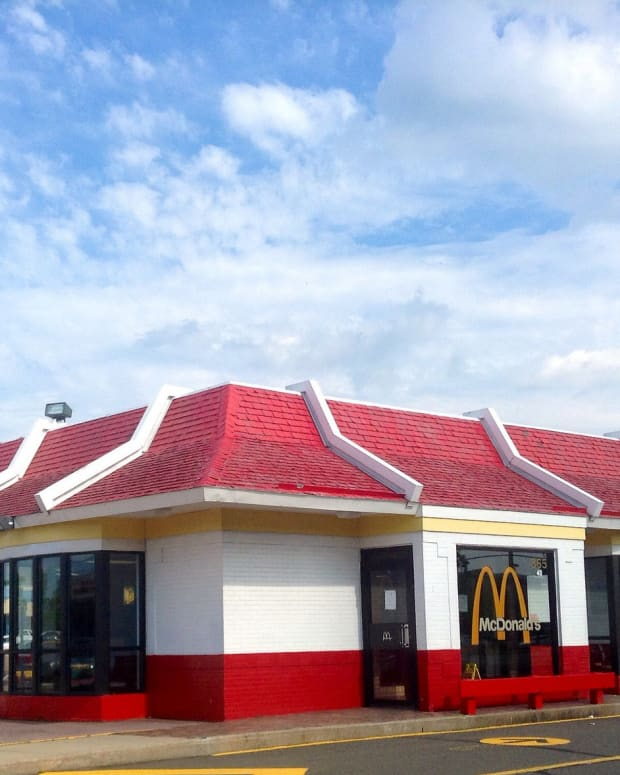 Marine Killed In McDonald's Drive-Thru Over Honked Horn Promo Image