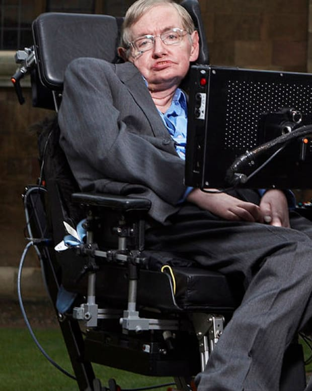 Stephen Hawking: Humans Must Colonize Moon, Mars Promo Image