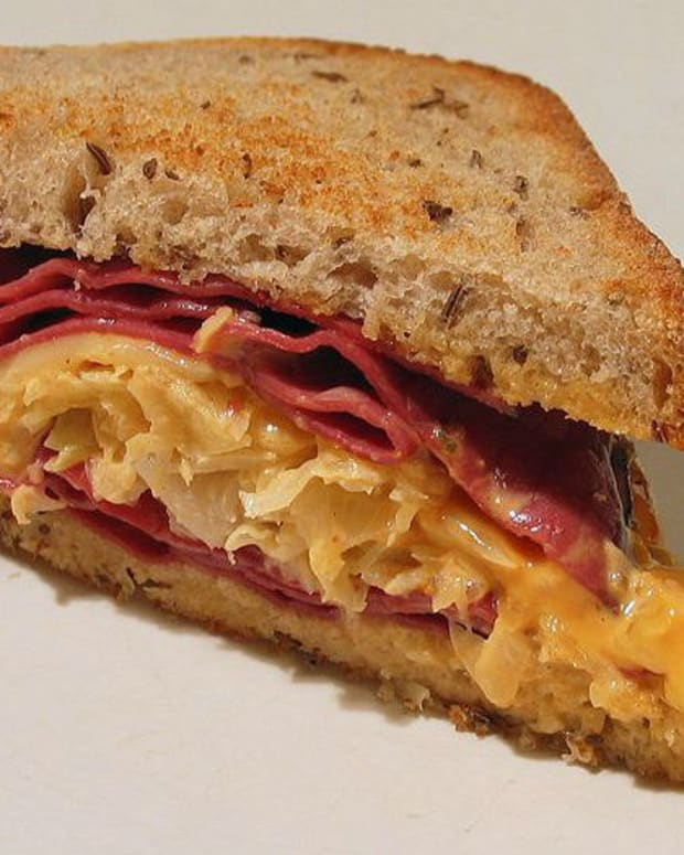 Wife Gets Revenge After Being Called 'Sandwich Maker' (Photos) Promo Image