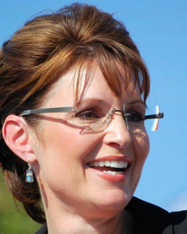 Sarah Palin Pushes Against Free College Using PTSD Vet Promo Image