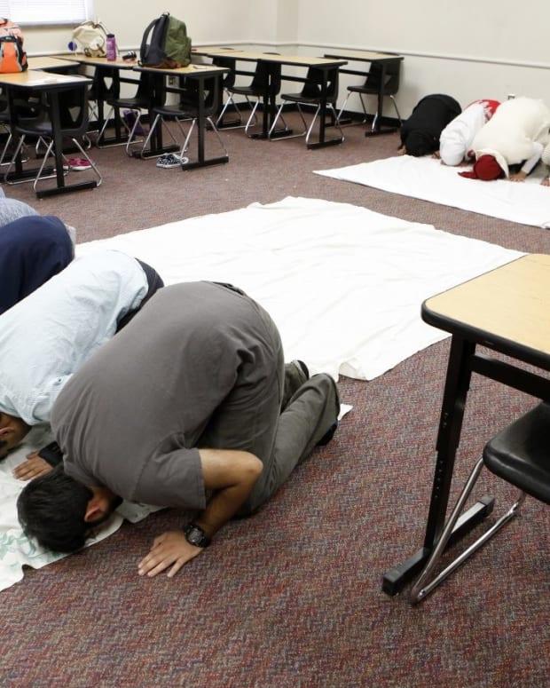 Prayer Rooms In Public Schools Are Unconstitutional Promo Image