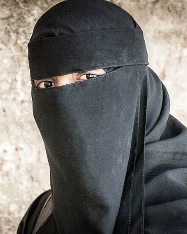 Georgia Lawmaker Drops Proposed Ban On Niqabs Promo Image
