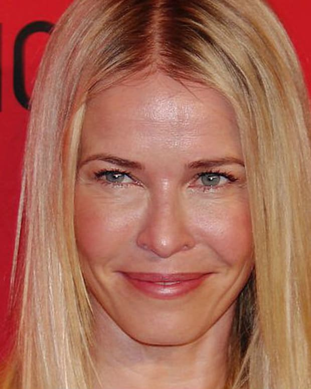 Chelsea Handler Sobs, Talks Of Moving After Trump Win Promo Image