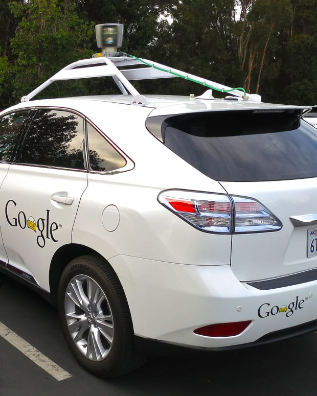 Feds Set Guidelines To Help Self-Driving Car Industry Promo Image