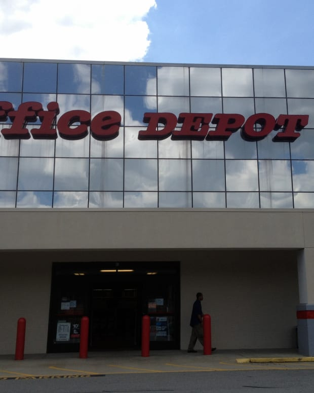 Office Depot To Close For Thanksgiving Promo Image
