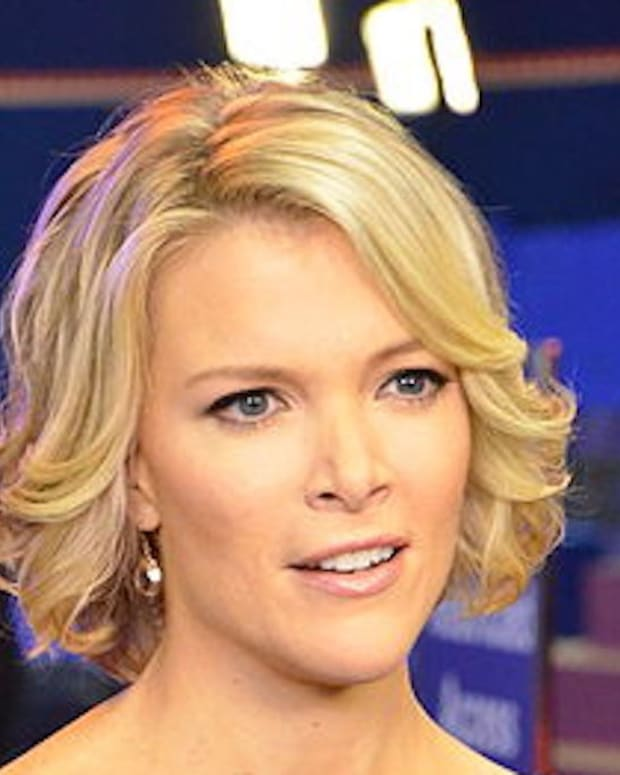 Megyn Kelly Criticized For Outfit In Putin Meeting (Photos) Promo Image