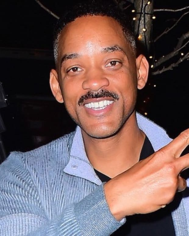 Will Smith Becomes Fan's Hero After Saving Phone Promo Image