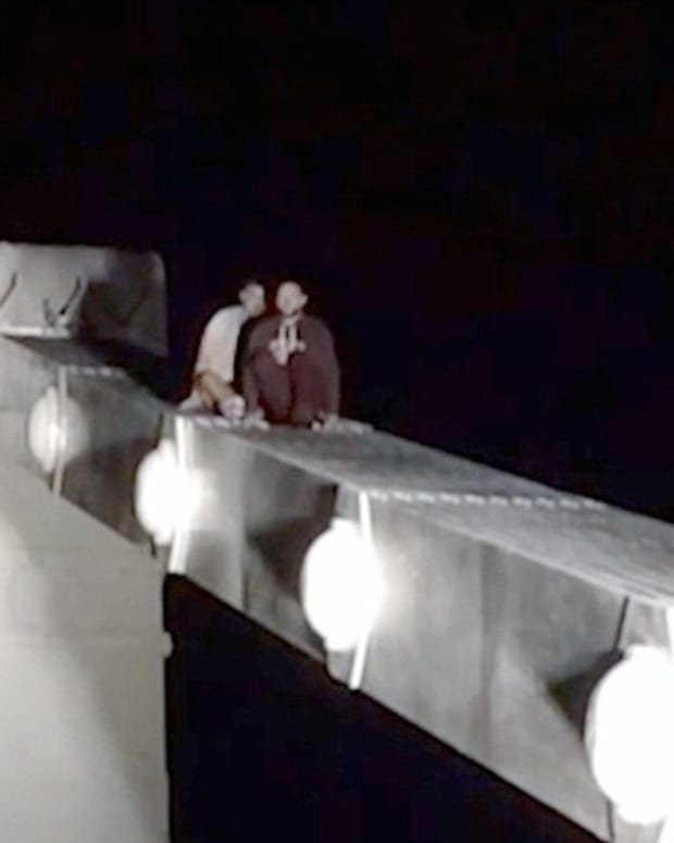 Suicidal Man Falls From Bridge After Changing His Mind Promo Image